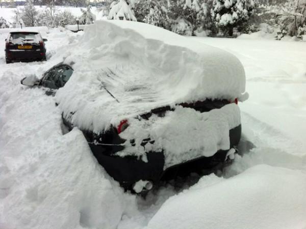 Ferrari-599-Snow