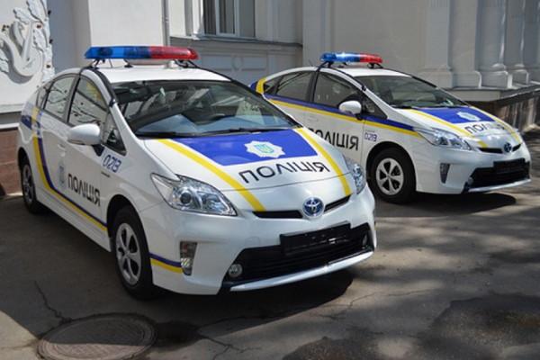 politseyskie_kharkova_poluchat_umnye_avto_video