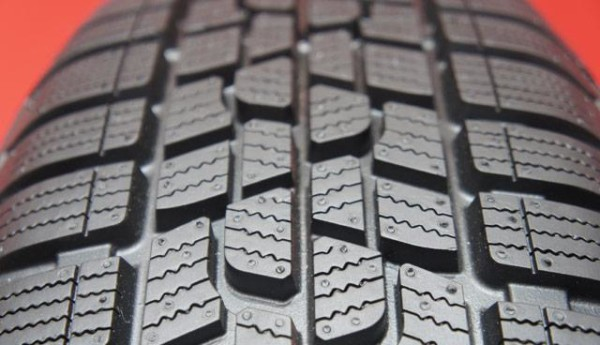 tread-pattern-firestone-multiseason_vl