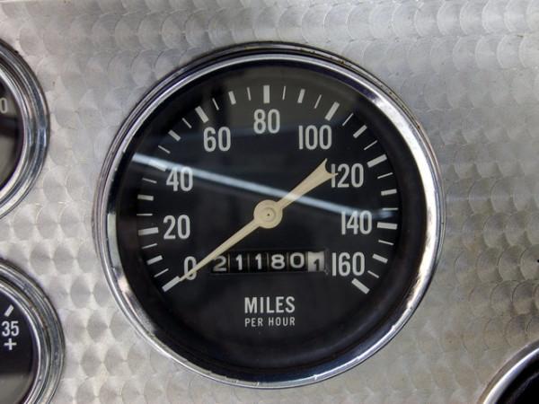 1957-studebaker-golden-hawk-speedo