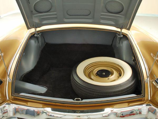 1957-studebaker-golden-hawk-trunk