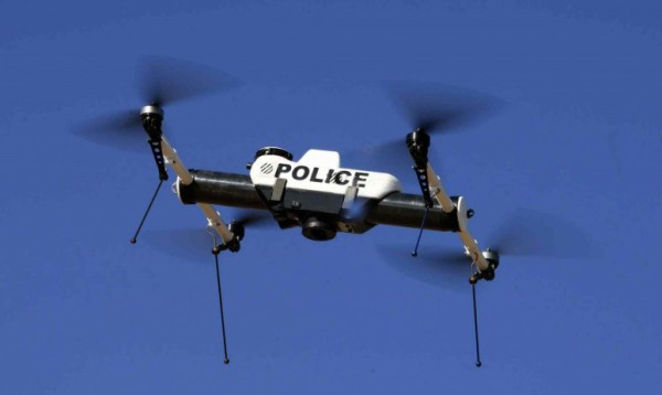 policedrones-civilians2jpg_small