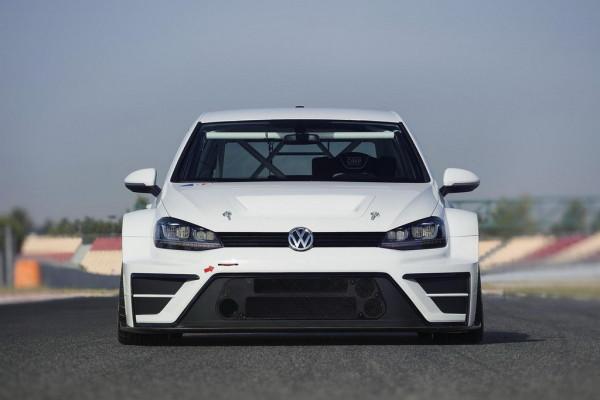 sedmoy_volkswagen_golf_vyydet_na_chempionat_tcr
