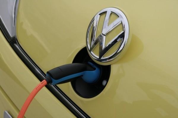 vw-ev-e-motion-charging